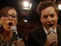 A holiday medley from Jimmy Fallon and Rashida Jones (video)