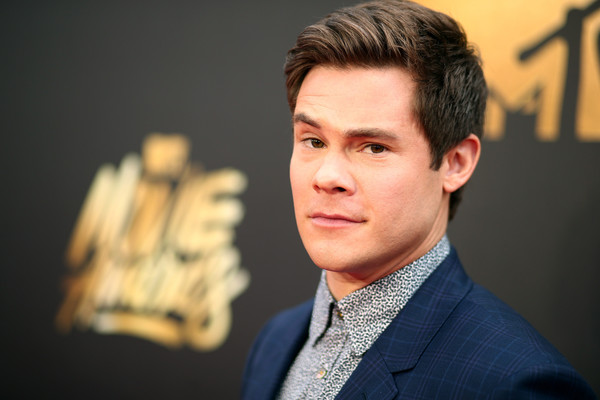 Adam DeVine started the show with added Wittiness