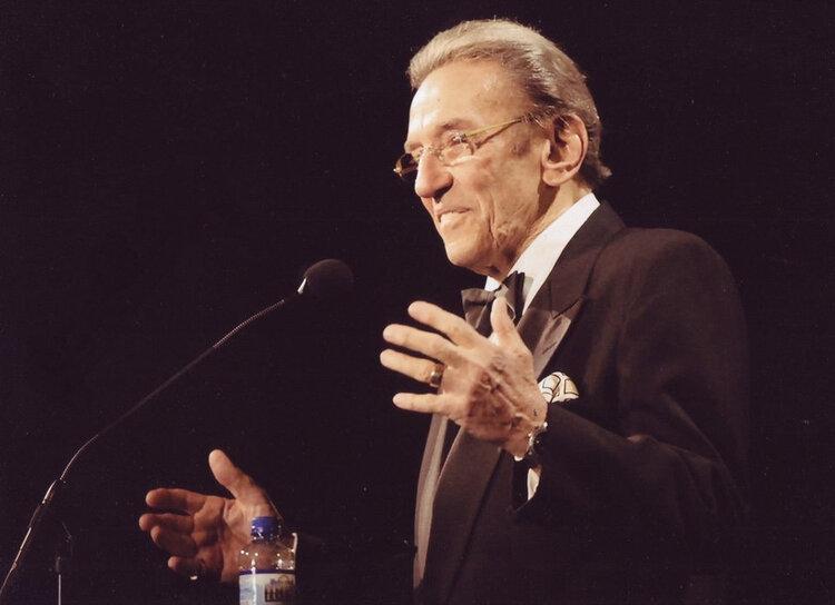 Comedian Norm Crosby Dead at 93